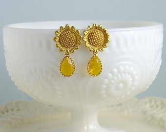 Sunflower Earrings, Honey Yellow Amber Teardrop, Matte Gold Earrings, Nature Inspired, Flower Earrings, Bridesmaid Gift, Gift for Her