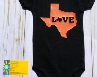 Love Texas/ Baby Bodysuit/Gender Neutral Bodysuit/Baby Girl/Baby Boy/Baby Shower Gift/Pregnancy Announcement/ Texas Bodysuit/Texas Baby