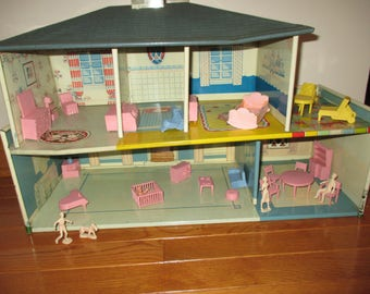 Vintage Doll House Metal Litho And Doll House Furniture And Family Members