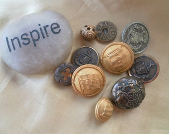10 Assorted Vintage Buttons