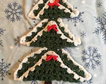 Vintage Crochet Christmas Tree, Vintage Christmas Decor, Crocheted Christmas Decor, Vintage Christmas Tree Wall Hanging, Crochet Wall Decor