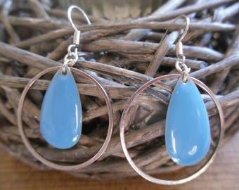 beautiful blue pair of earrings