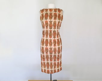 WIGGLE // 60s fitted poly day dress with paisleys / M L