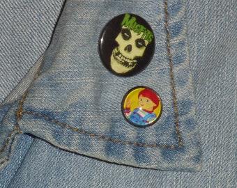 Good Guy Doll / Child's Play Inspired 16mm Pin / Horror Pin / Horror Brooch / Pin Badge / Brad Dourif / Metal Pin / Horror / Good Guy