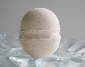Muscle Therapy Bath Bomb - Aromatherapy Bath Bomb - Natural Bath Bomb