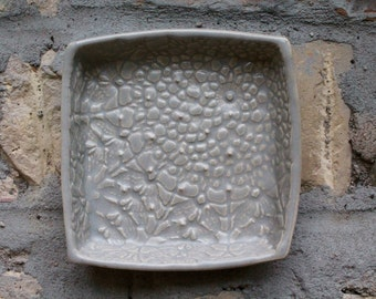 Garlic and Oil Plate - Garlic or Ginger Grater - Lace - Soft Gray