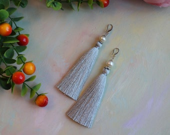 Earrings tassels viscose with pearl