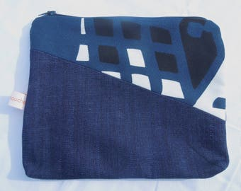 "Two-tone bag pouch, printed ""City"""