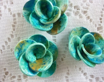 FLOWERS OF POLYMER CLAY JEWELRY