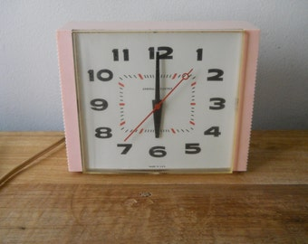 "Vintage Pink General Electric Wall/Desk Clock - ""The Joy"""