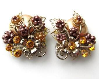 Vintage Miriam Haskell Unsigned Rhinestone & Fauz Pearl Clip Earrings c.1940s-50s