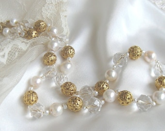 SALE White Cultured Mixed Pearl Elegant Choker Necklace,Large Pearls Vintage 1950s Crystals and Gold Bead Elegant Bridal Wedding Necklace