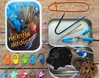 Needle addict: The Knitter's Tool Tin with notions for your knitting bag