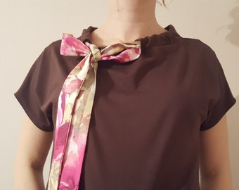 Brown dress with bow