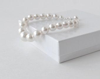 White Pearl Bracelet, Bridal Bracelet, Large Pearl Bracelet, Bridal Accessory, Chunky Bracelet, Bridesmaid Jewelry, Bridal Jewelry, Handmade