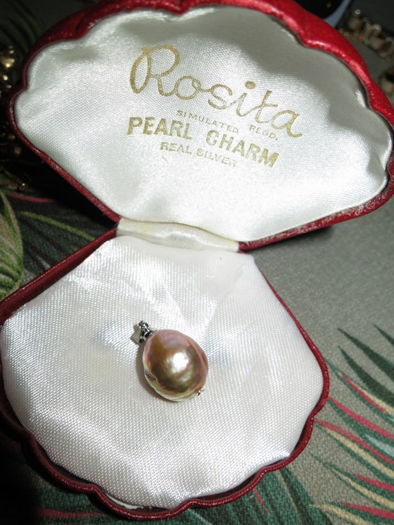 Beautiful 15mm Japanese Kasumi pearl pendant