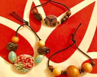 Elastic beaded bracelets