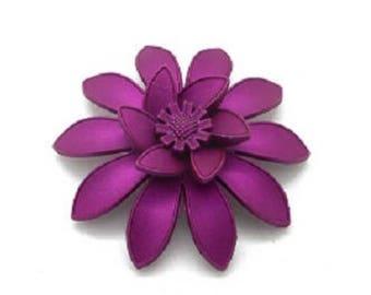Big flower 10 petals effect satin purple