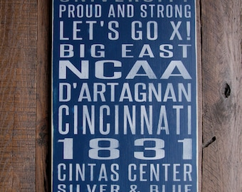 Xavier University Musketeers Distressed Wood Sign-Great Father's Day Gift!