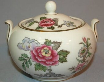 Wedgwood Cathay Gold Edge Lidded Sugar Bowl Tea