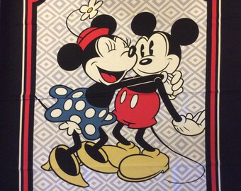 A Wonderful Disney Mickey And Minnie Mouse Cotton Fabric Panel Free US Shipping