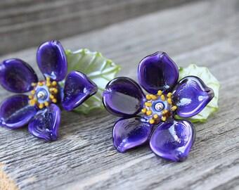 Lampwork Beads, 1pcs Lampwork Floral Bead, Purple Flower with Leaf