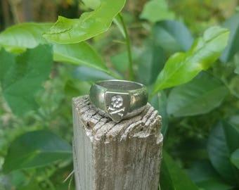 Jolly Roger Signet ring