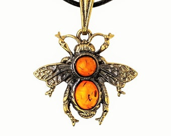 Bee Jewelry with Amber Pendant Necklace Bee Pendant Necklace Bee Pendant gold Bee Charm necklace Insect necklace Insect Love Child's Gift