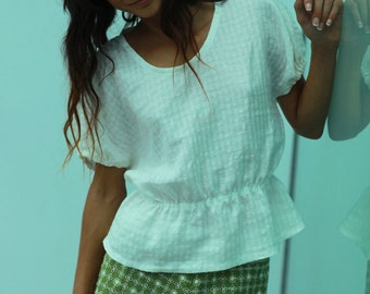 pull-on cap sleeved pretty blouse SEWING PATTERN with elastic waist