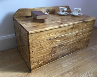 Large Storage Chest, Storage Box, Blanket Box, Wooden Box, Trunk, Coffee Table, Reclaimed Pine, Rustic.