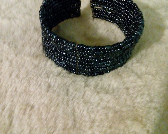 Thick Bead Bangle