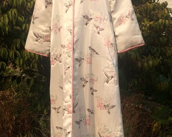 National Wildlife Federation Quilted House Robe Hummingbird Print, Full Length, M/L Ivory and Pink