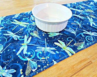 Quilted Table Runner, Dragonfly Table Runner, Dragonfly Decor, Blue Table Runner, Bug Decor, Dragonflies, Modern Runner, Blue Table Topper
