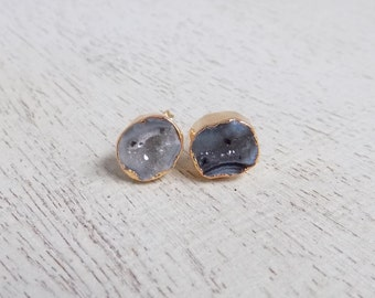 Geode Stud Earrings, Round Druzy Earrings, Gray Gemstone Earrings, Natural Druzy Studs, Drussy, Small Stone Posts, Gold Posts, Agate, G7-761