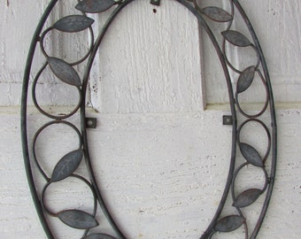 Metal frame oval vintage patina home decor wall decoration