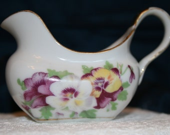 SALE: Vintage creamer with pansies; Occupied Japan creamer; small floral creamer; b-07