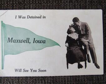 Vintage Maxwell, Iowa Used Postcard Post Card Free Shipping