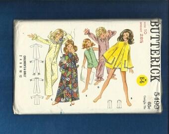 1960s Butterick 5499 Mod Girl's One Piece Pajamas & robe Pattern Size 10 UNCUT