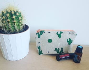 Cactus Essential Oil Bag, Essential oil case, Tropical, Essential oil storage, Essential oil travel pouch, Essential oil daily case