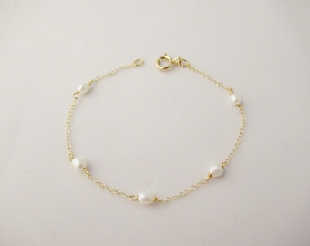 Pearl Bracelet, bead bracelet, gold filled bracelet