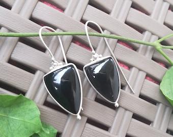 Black onyx earrings, 925 Silver Earrings, Sterling Silver Earrings, Black stone earrings, Bezel set Earrings, triangle earrings
