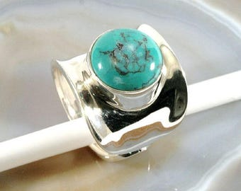 Turquoise and 925 Sterling Silver Ring  --  6188