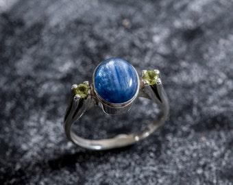 Blue Kyanite Ring, Real Kyanite, Peridot Ring, Green Peridot Ring, Natural Stones, Vintage Blue Rings, Solid Silver Ring, Peridot, Kyanite