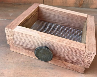 Farmhouse Style Cedar Soap Dish made with Wood and Chicken Wire