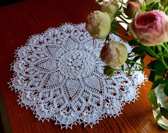 Crochet Doily; Pineapple Song Doily; White Doily; Round Doily; 20 Inches Round Doily; Free domestic shipping; Crochet Lace Doily