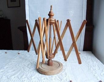 Vintage 1950s  Italian wooden yarn swift. Jewelry holder stand display