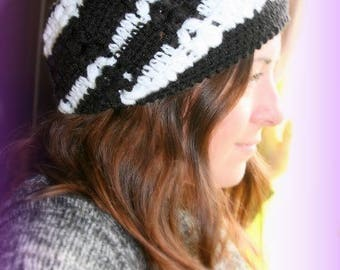Black and white slouchy Hat crocheted handmade made in France