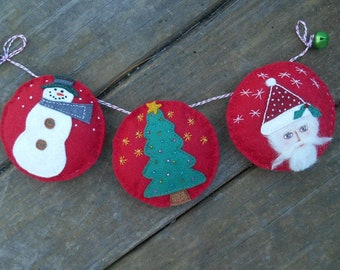 Christmas Garland, Winter Decor, Fiber art bunting, Santa Claus Decor, Xmas Tree Garland, Santa, Snowman garland