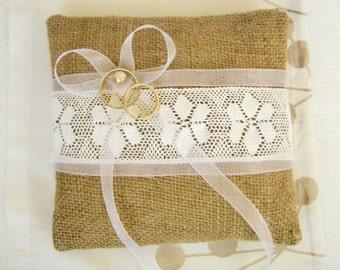 Wedding Burlap Ring Pillow  / Bearer pillow / Rustic