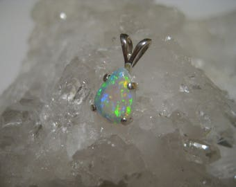 Crystal opal pendant, opal pendant, crystal opal, opal jewelry, precious opal, gemstone pendant, birthstone october, gift women